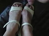 German Mature-Cum on her feet