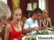 MILF stepmom Kristal Summers gets naughty