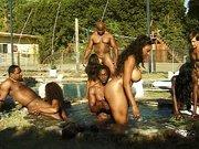 Analne impreza w basenie