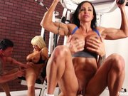 Nikita von James treningu 4some